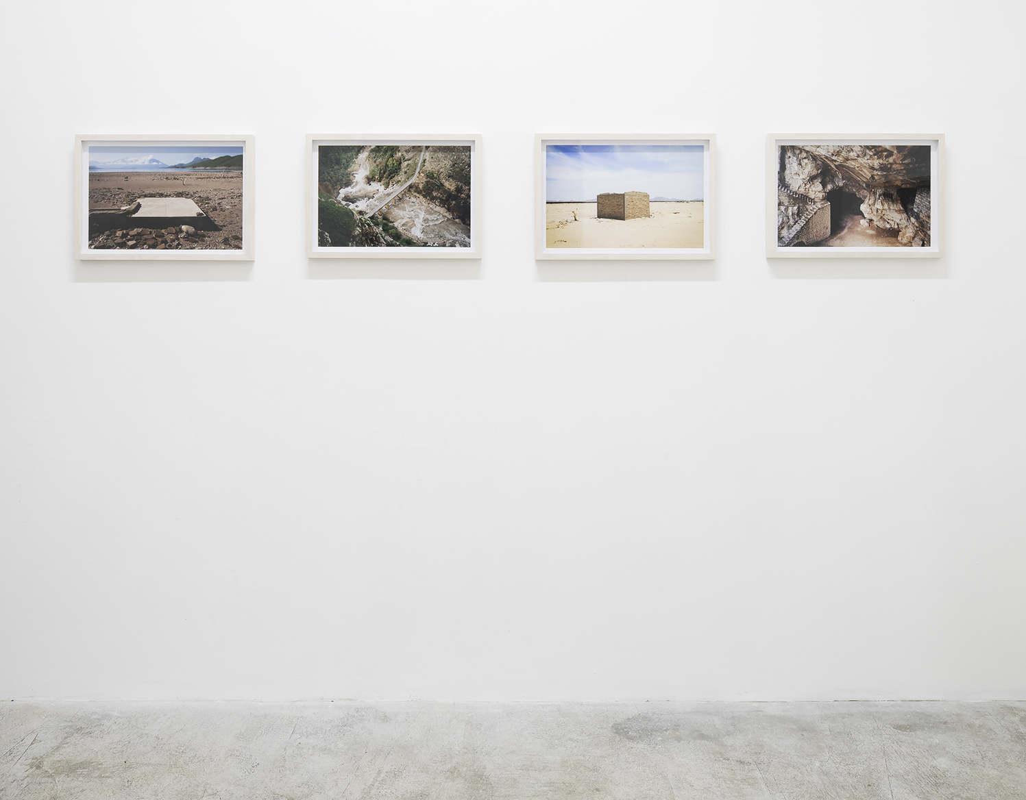 Crater-Miguel Fernandez De Castro-Lydia Ourahmane
